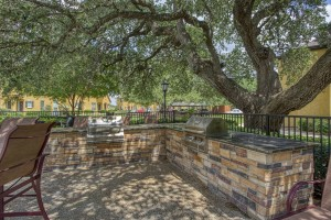 Two Bedroom Apartments for rent in San Antonio, TX - Outdoor Grilling Area